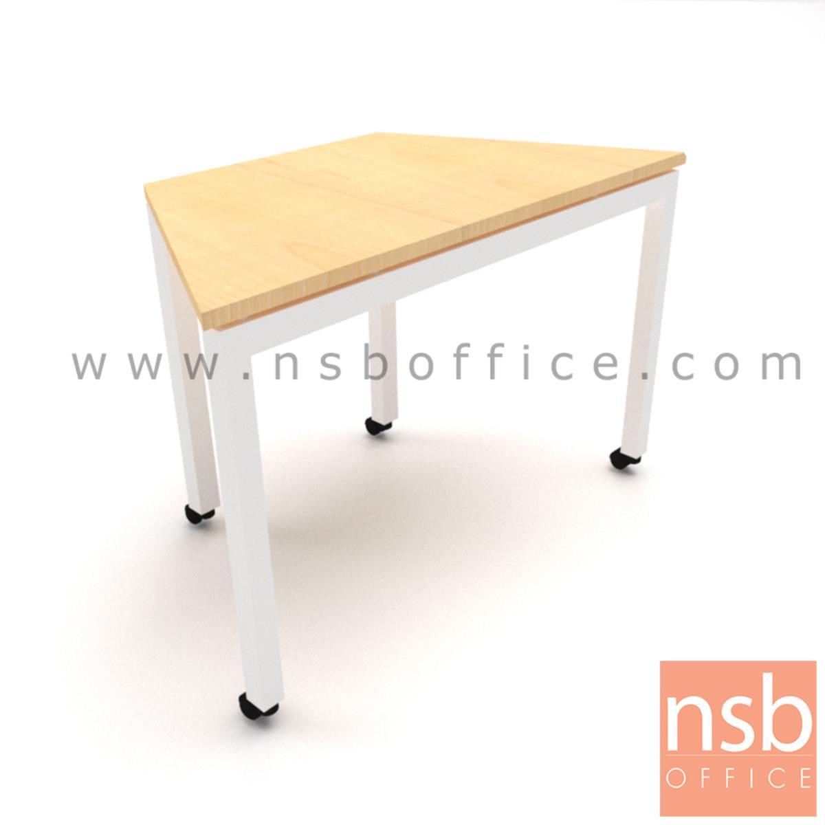 A10A075:โต๊ะทำงานทรงคางหมูมีล้อ รุ่น Quince (ควินซ์) ขนาด 105W ,120W ,140W ,180W cm.  โครงขาเหล็กเหลี่ยม ล้อเลื่อน
