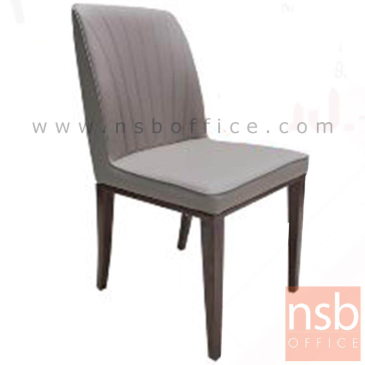 B22A148:เก้าอี้ไม้ที่นั่งหุ้มหนังเทียม รุ่น FT-D932 ขาเหล็กเคลือบลายไม้