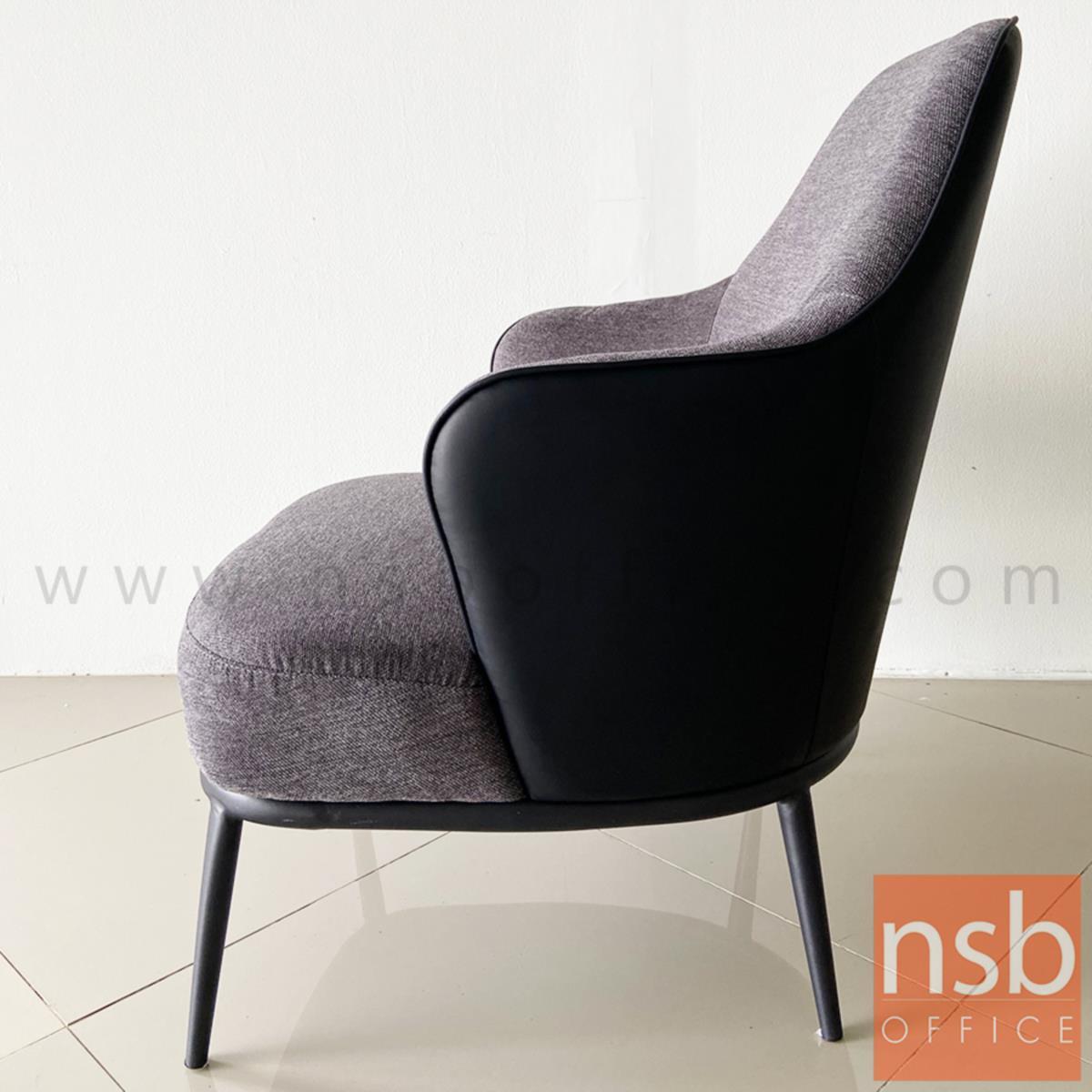 เก้าอี้โมเดิร์นหุ้มผ้า รุ่น Roseanne (โรแซน) ขนาด 72W cm. โครงขาไม้