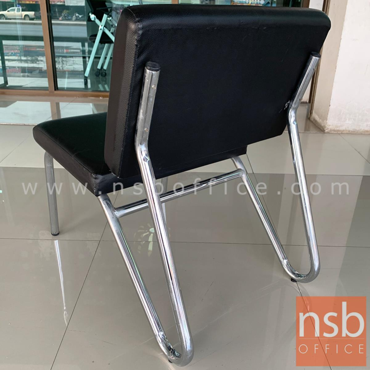 เก้าอี้ตัวเดี่ยวหนังเทียม  รุ่น Valiente (วาเลียนเต) ขนาด 50W cm. โครงเหล็กชุบโครเมี่ยม