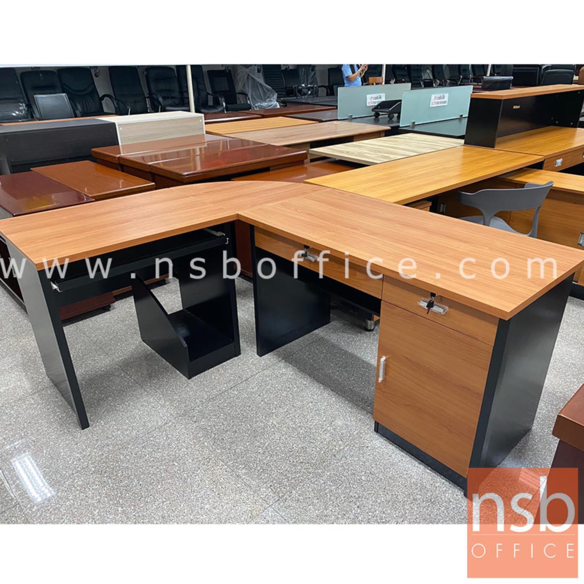 A16A072:โต๊ะทำงานตัวแอลมุมโค้ง รุ่น Davies (เดวีส์) ขนาด 120W cm. พร้อมโต๊ะข้าง