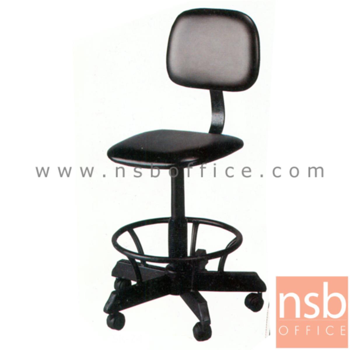 B14A024:เก้าอี้บาร์ที่นั่งเหลี่ยมล้อเลื่อน รุ่น K-42  ขาเหล็กกล่องพ่นดำ