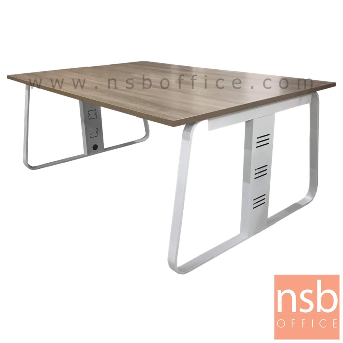 A18A051:โต๊ะประชุมสี่เหลี่ยม รุ่น Thwaites (ทเวทส์) ขนาด 180W, 240W cm.  พร้อมรางไฟใต้โต๊ะ ขาเหล็กทรงแจกัน