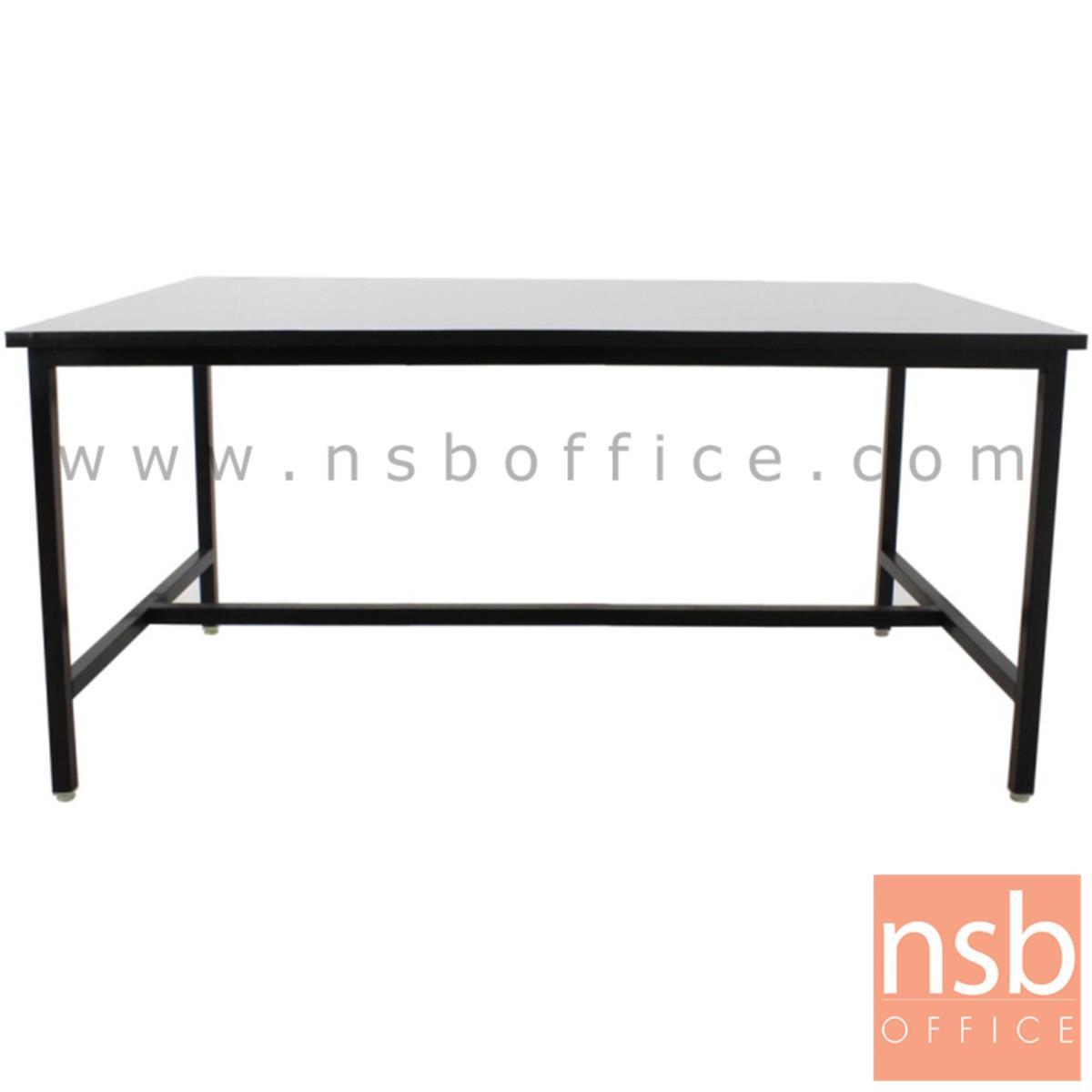 โต๊ะหน้าโฟเมก้าขาว  รุ่น MECKLENBURG (เมคเคลนบวร์ก) ขนาด 150W cm. โครงขาเหล็กติดตาย
