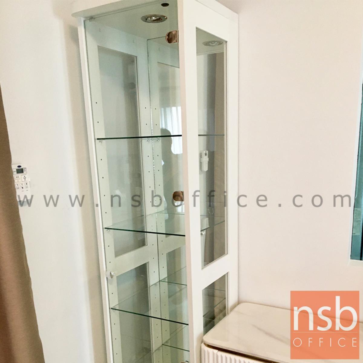ตู้โชว์กระจกดาวน์ไลท์    ขนาด 40W*40D*190H cm. มีไฟในตัว (หลังกระจกเงา)