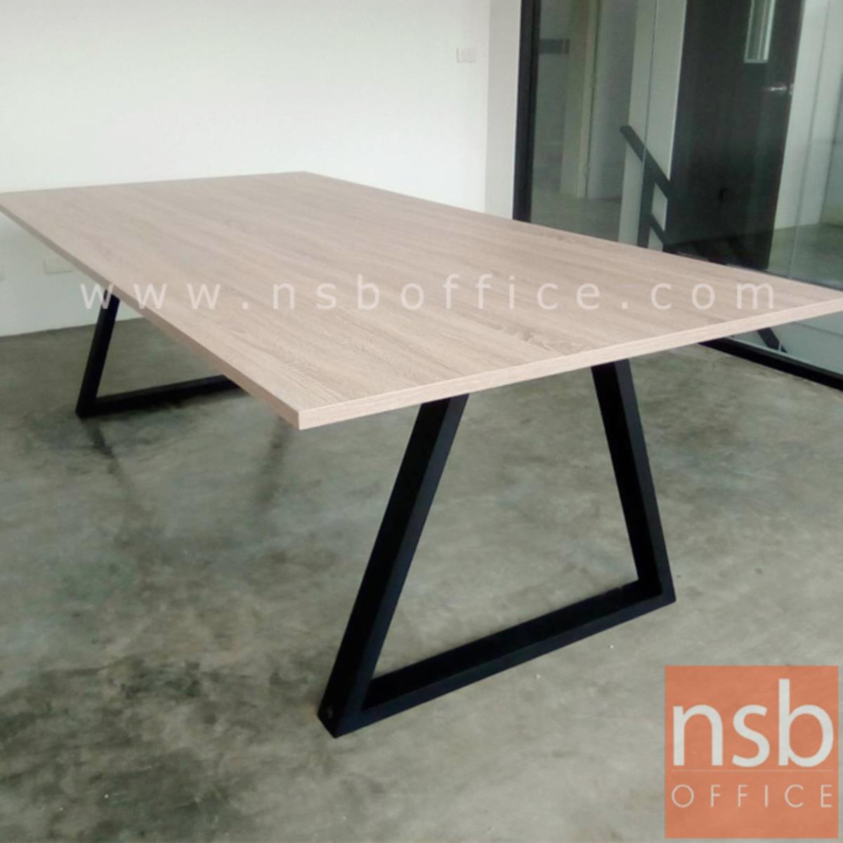 โต๊ะประชุมทรงสี่เหลี่ยม รุ่น  Harington (แฮริงตัน) ขนาด 240W cm. ขาทรงสามเหลี่ยม