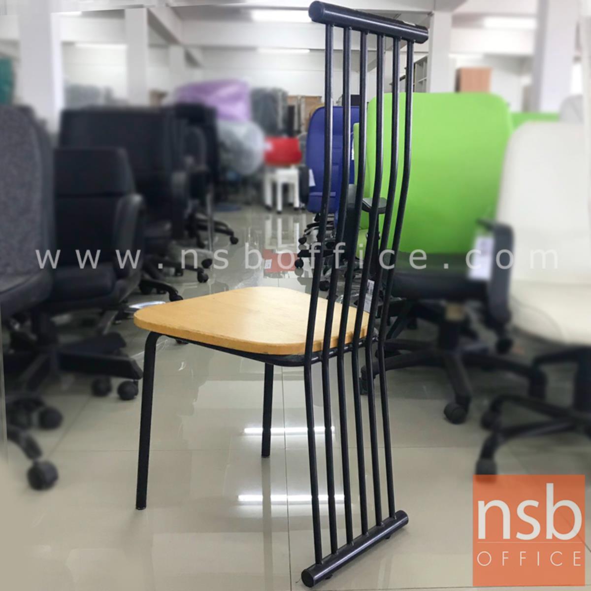 เก้าอี้ไม้ รุ่น NSB-CHAIR4 ขนาด 42W*101H cm. โครงเหล็กพ่นดำ (STOCK-1 ตัว)