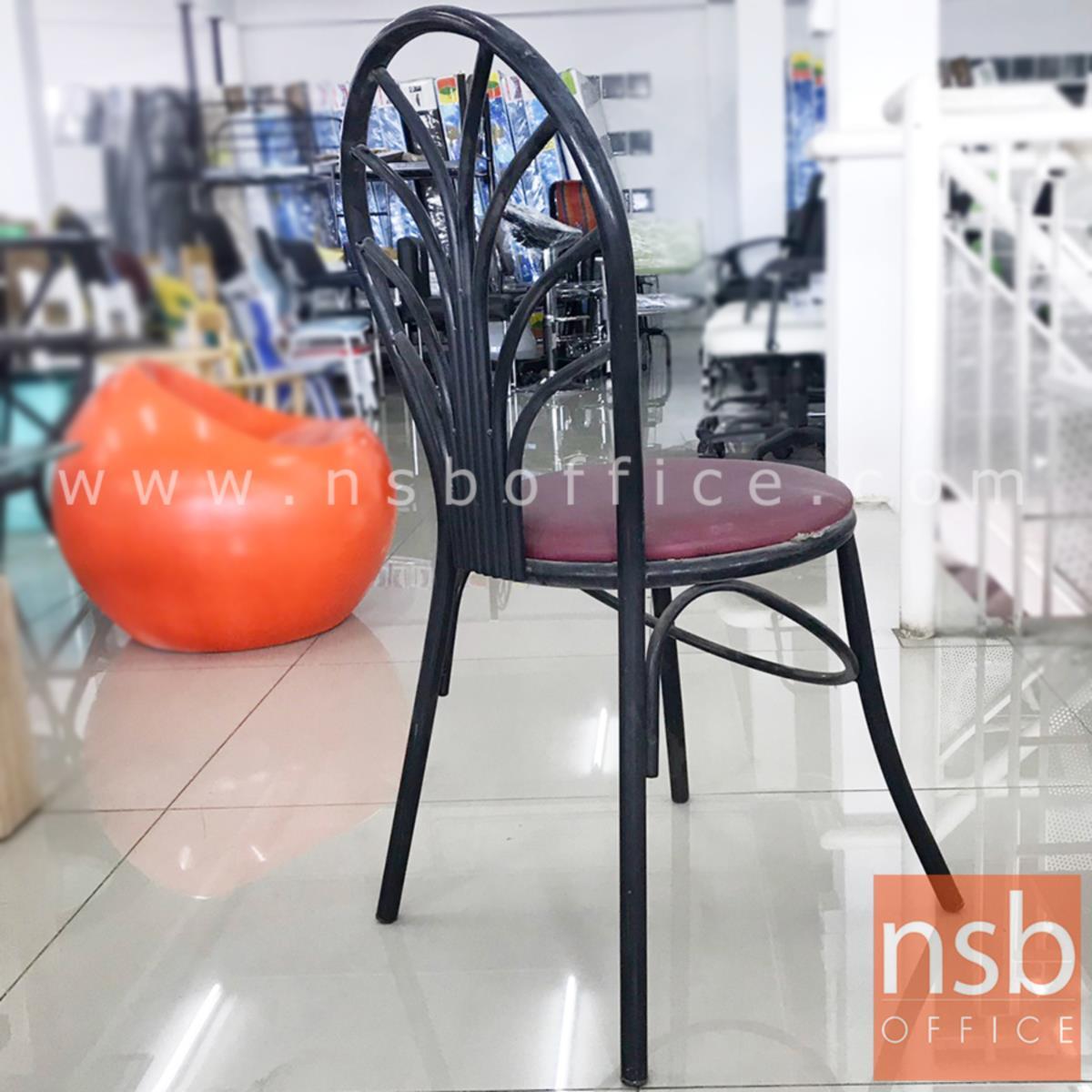 เก้าอี้โมเดิร์นหนังเทียม รุ่น NSB-CHAIR18 ขนาด 38.5Di*86H cm. โครงเหล็กสีดำ (STOCK-1 ตัว)