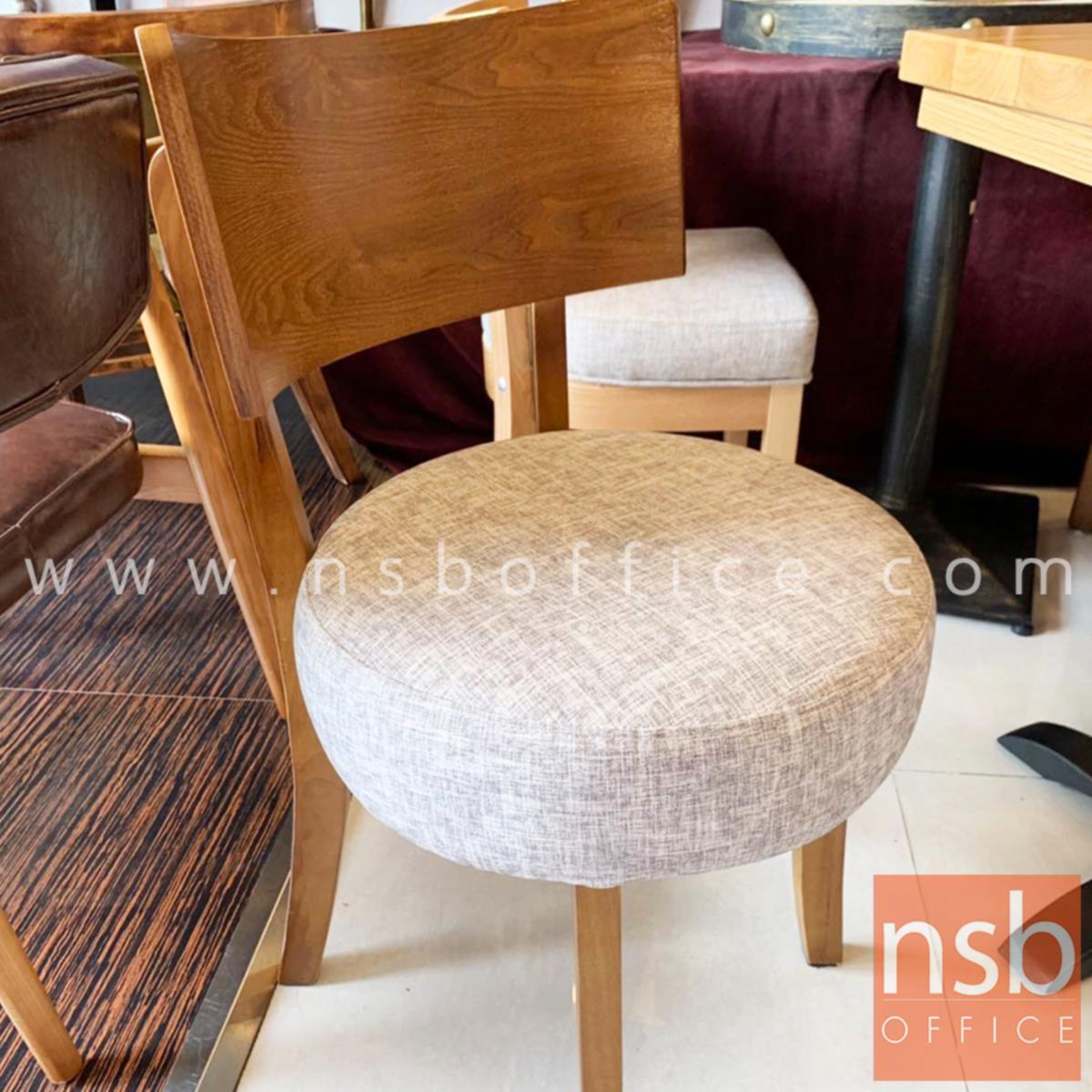 เก้าอี้ล๊อบบี้เบาะกลม หนังเทียมพิมพ์ลาย รุ่น Delta (เดลตา)  พนักพิงโค้ง โครงไม้ทำสี