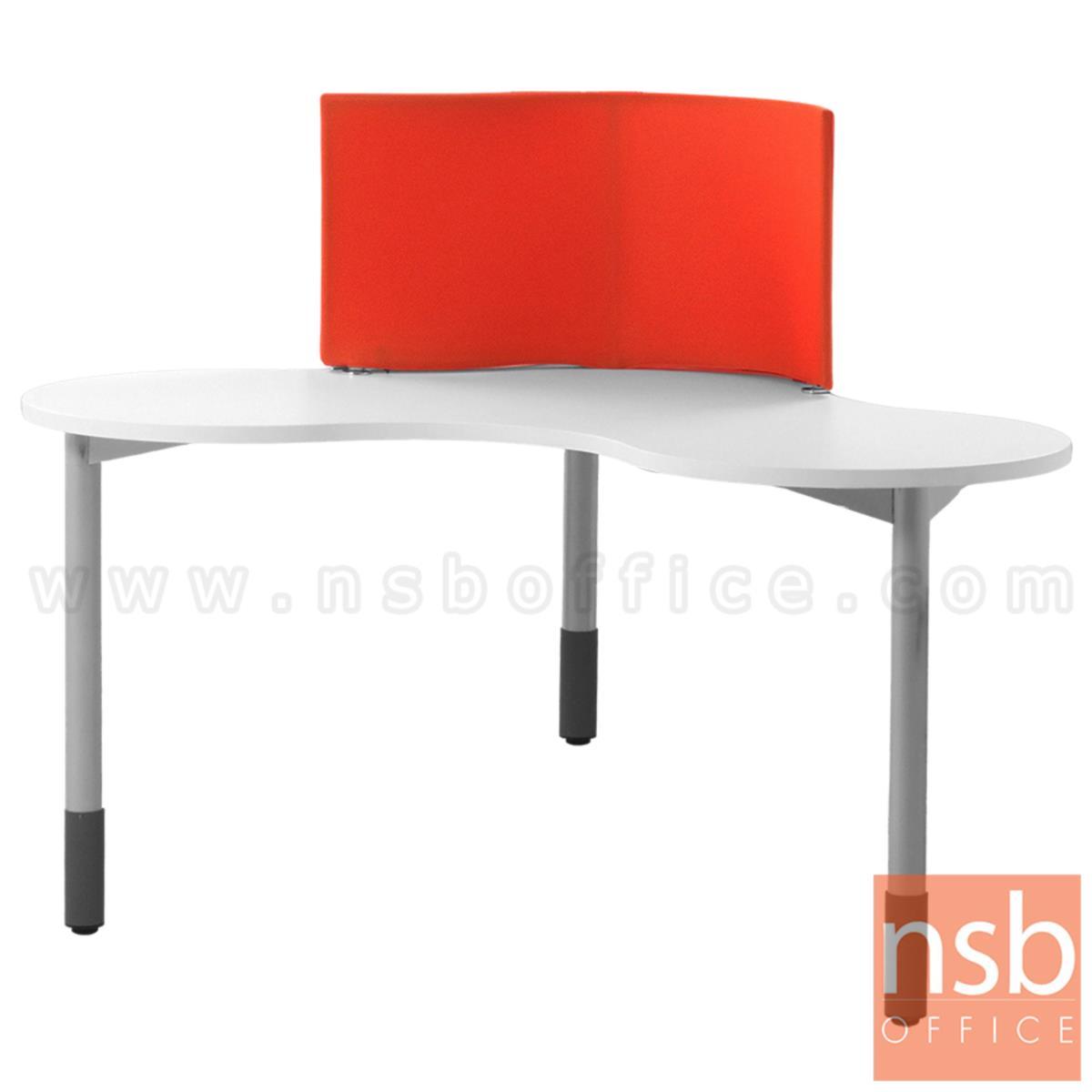 A10A056:โต๊ะทำงานทรงสามเหลี่ยม ขนาด 150W*115H cm. รุ่น DO-I250   ขาเหล็กกลมพ่นสี