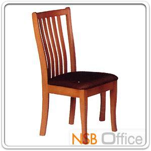 เก้าอี้ไม้ยางพารา ที่นั่งหุ้มหนังเทียม FW-CNP2002 :<p>โครงเก้าอี้ทำจากไม้ยางพารา ผลิต 2 สีคือสีสัก และสีโอ๊ค&nbsp;&nbsp;ที่นั่งบุฟองน้ำหุ้มหนังเทียม</p>