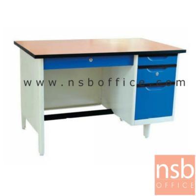 โต๊ะทำงานเหล็กหน้า TOP ไม้เมลามีน 4 ลิ้นชัก  3 ฟุต , 3.5 ฟุต, และ 4 ฟุต :<p>ผลิต 3 ขนาด คือ3 ฟุต , 3.5 ฟุต, และ 4 ฟุต หน้า TOP ไม้เมลามีน / โครงผลิตจากเหล็ก หนา 0.5 มม. / โครงสีขาวมุก หน้าบานสีสัน มี 3 ลิ้นชักด้านขวา และ 1 ลิ้นชักกลาง</p>