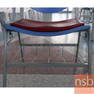 เก้าอี้เลคเชอร์โพลี่หลังรู มีตะแกรง มีตัวเกี่ยว C536-826:<p>มี 2 รุ่นคือ โพลี่ล้วนและที่นั่งโพลี่หุ้มเบาะ/ มีตะแกรงวางของใต้ที่นั่ง / ที่เขียนโฟเมก้าใหญ่ / ข้างมีตัวเกี่ยว ต่อเป็นแถวได้ / ขาพ่นเทาหรือดำ / 58(W) * 69(D) * 80.5(H) cm./โพลี่ผลิต 5สีคือสีฟ้าคราม, สีดำ, สีเขียวตุ่น, สีเทาเข้ม และสีน้ำเงิน</p>
