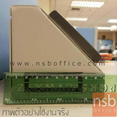 กล่องปลั๊กไฟ แบบทำมุม 45 องศา สำหรับติดตั้งบนโต๊ะ (ไม่มีปลั๊กไฟ):<p>ขนาด 10W*10H cm มุมเอียง 45 องศา สำหรับติดตั้งบนโต๊ะ เหมาะสำหรับงานโต๊ะห้องแล๊บ โต๊ะซ่อม โต๊ะงานระบบ / ผลิตขนาด 2,3,4,5 และ 6 หน้ากาก / ผลิตจากเหล็กพับขึ้นรูป ทำสีขาวและดำ</p>