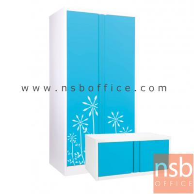 ชุดตู้เสื้อผ้าสูงบานเปิด พร้อมตู้ต่อบน (ราคาประหยัด):<p>ประกอบด้วย ตู้เสื้อผ้าสูง (E23A004) และตู้เหล็ก 1 บานเปิดทึบ (E23A014) / ผลิตลายกราฟฟิก 6 สี</p>