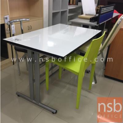 """โต๊ะเอนกประสงค์หน้าโฟเมก้าขาว รุ่น PL-DM02157 มีที่แขวนจัดเก็บเก้าอี้:<p>ขนาด 120W*75D*72H cm. โครงขา ถอดประกอบได้ /สามารถแขวนเก็บเก้าอี้ไว้กับโต๊ะได้ ซึ่งง่ายต่อการทำความสะอาด / &nbsp;<strong><span style=""""color: #ff0000;"""">**ราคาสินค้าไม่รวมเก้าอี้**</span></strong> &nbsp;(สินค้ารอผลิต 1 เดือน นับจากสั่งซื้อ)</p>"""