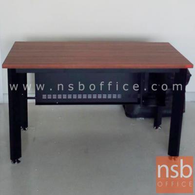 โต๊ะทำงาน  รุ่น PS-BOX-P ขนาด 120W ,150W cm.  พร้อมบังตาเหล็ก สีวอลนัทตัดดำ:<p>ผลิต 2 ขนาดคือ 120W*60D, 150W*60D cm. ขา-บังโป๊ผลิตจากเหล็ก /TOP ปิดผิวเมลามีน กันร้อน กันชื้น /ผลิตสีวอลนัทตัดดำ **ราคานีัยังไม่รวมรางคีย์บอร์ด**</p>