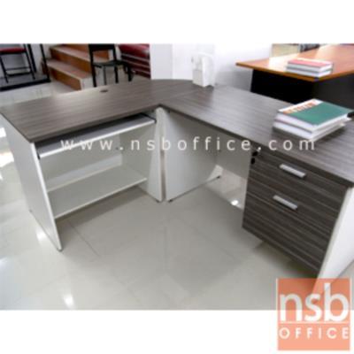 โต๊ะทำงานตัวแอล 2 ลิ้นชัก รุ่น M-TY-KD21-1S  ขนาด 180W cm. เมลามีน:<p>ประกอบด้วยโต๊ะทำงาน 2 ลิ้นชักข้าง 120W*60D*75H cm. โต๊ะคอมฯ 80W*60D*75H cm . และแผ่นต่อโต๊ะเสี้ยววงกลม 60D cm. /ขนาดรวม 180W*140D*75H cm. /TOP หนา 25 มม. ผิวเมลลามีน กันชื้น กันร้อน</p>