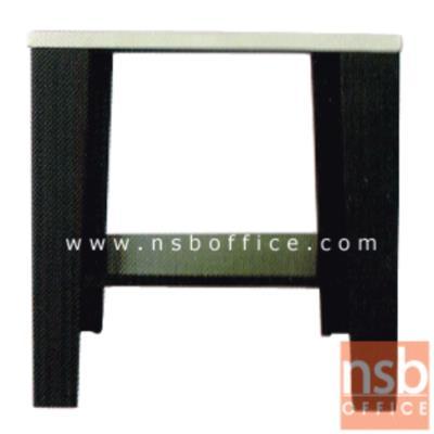 โต๊ะข้างโซฟา KS-KONNER 60W*60D*60H cm:<p>ขนาด 60W*60D*60.5H cm. สินค้าผลิตจากเหล็กอย่างดี ที่รับประกันความคงทน แข็งแรง ทำ 2 โทนสีคือสีดำ/ขาว และสีดำ/แดง**ดูรูปแบบSETได้ที่รหัส E22A013**</p>