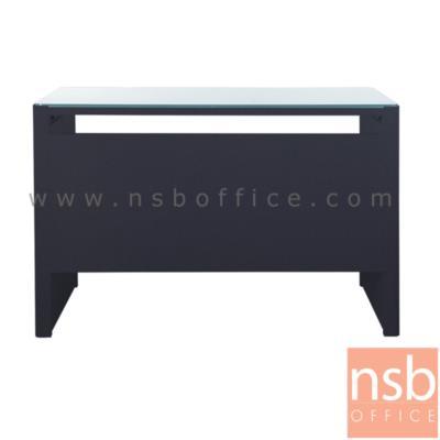 โต๊ะทำงานเหล็กหน้ากระจก รุ่น KU-120,KU-150  :<p>มี 2 ขนาดคือ 120w*60D*75H cm. และ 150W*60D*75H cm. /โครงโต๊ะผลิตจากเหล็กสีขาวหรือสีดำ หน้าโต๊ะปิดด้วยกระจก รูปแบบทันสมัย</p>