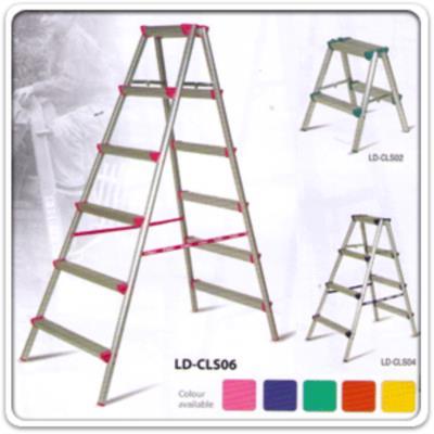 บันไดเอนกประสงค์ 2 ทาง อลูมิเนียม LD-CLS (2-6 ขั้น คละสี):<p>บันไดอลูมิเนียม 2 ทาง คละสี 5 สี แข็งแรงรับน้ำมากได้ / ผลิต 5 ขนาด ตั้งแต่ 2-6 ฟุต</p>