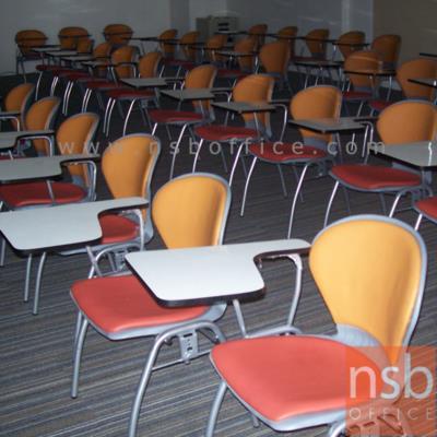 เก้าอี้เลคเชอร์โพลี่ตัวโบว์ รุ่น C176-566 ขาเหล็กพ่นสี:<p>ขนาด 55(W) * 61.5(D) * 81.5(H) cm. มี 2 รุ่นคือ โพลี่ล้วนและพนักพิง ที่นั่งโพลี่หุ้มเบาะ รูปตัวโบว์ / ที่เขียนโฟเมก้าใหญ่ / ขาพ่นเทาหรือดำ / โพลี่ผลิต 5 สี คือ สีเหลือง, สีแดง, สีเทา, สีน้ำเงิน และสีเขียว</p>