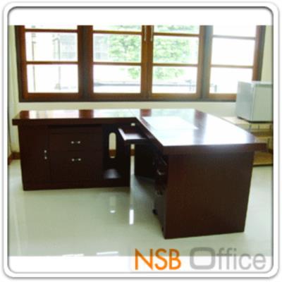 ชุดโต๊ะผู้บริหารตัวแอล W160 ซม. รุ่น GD-COME  (3 ชิ้น พร้อมลิ้นชัก และตู้ข้าง):<p>3 ชิ้น คือ โต๊ะทำงานโล่ง ขนาด 160W*85D*76H cm, ตู้ 2 ลิ้นชักล้อเลื่อน และตู้ข้างโต๊ะล้อเลื่อน(สูงเสมอโต๊ะ) / &nbsp;พ่นสีแล๊กเกอร์เงา / แผ่นรองเขียนพ่นสีดำ</p>