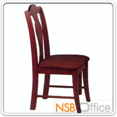 เก้าอี้ไม้ยางพารา ที่นั่งไม้หุ้มหนังเทียม  รุ่น FW-CNP2015:<p>ขนาด 47W*45D*90H cm. โครงเก้าอี้ทำจากไม้ยางพารา ที่นั่งบุฟองน้ำหุ้มหนังเทียม&nbsp;ผลิต สีโอ๊ค สีบีชและสีสัก</p>