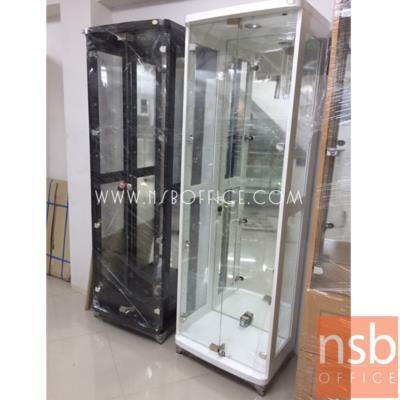 ตู้โชว์กระจกดาวน์ไลท์สูง 190 ซม. รุ่น XCS-BC900H มีไฟในตัว (หลังกระจกเงา):<p>ขนาด 60W*40D*191H cm. แผ่นหลังเป็นกระจกเงา แผ่นข้าง-แผ่นหน้าเป็นกระจกใส โครงผลิตจากไม้ปาร์ติเกิลบอร์ด มีให้เลือก 2 สี คือ สีขาว และสีโอ๊ค&nbsp;</p>