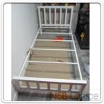 G11A037:เตียงเหล็กเดี่ยว 3 ฟุตครึ่ง หัวเหลี่ยม (ผลิต 2 สีคือสีดำ และสีขาว)