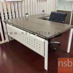 A28A002:โต๊ะผู้บริหารตัวแอล ขาเหล็ก 180W1*180W2 cm บังโป้เหล็กรู HB-EX2DR1818
