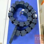 A03A028:กระดูกงู ร้อยสายไฟ สีดำ  ใช้ติดตั้งระหว่างหน้าโต๊ะกับพื้น
